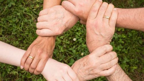 De ce este important să faci voluntariat