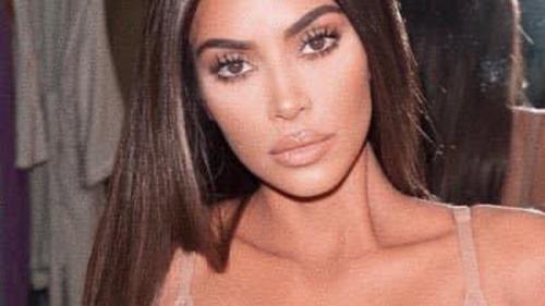 Kim Kardashian a cerut, oficial, divorţul de rapperul Kanye West