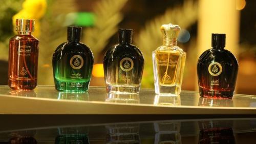 Parfumurile orientale: descoperă de ce au devenit atât de populare în întreaga lume?
