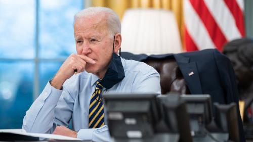 Biden intră în ring pentru meciul cu Putin