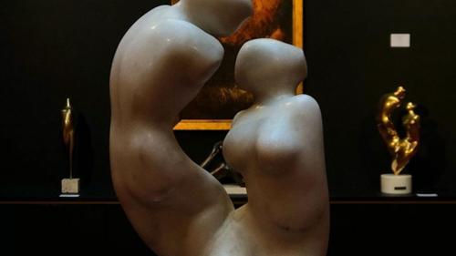 Colecția de sculpturi Guguianu, scoasă la licitație