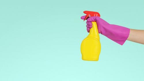 Sfaturi utile pentru o curăţenie de primăvară de nota 10
