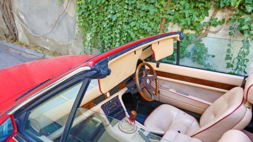 Mașina lui Sir Elton John, scoasă la licitație