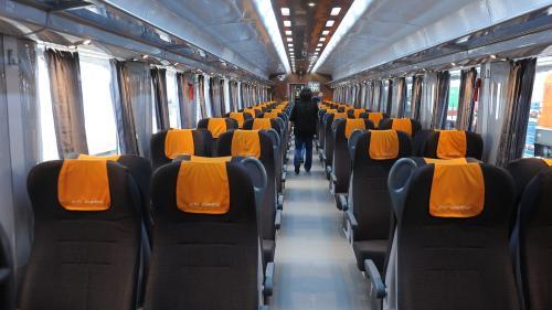Călătoriile cu trenul, preferate pentru reducerea poluării