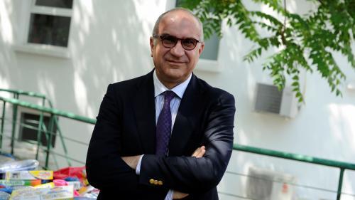 Monopol pe trei ani la SEAP. Turnătorul lui Ludovic face bani grei cu agenția lui Orban
