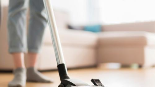 (P) Cât de importantă este investiția într-un aspirator profesional pentru curățenia generală de primăvară?