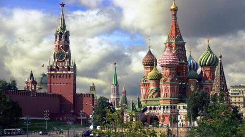 Excursii la Moscova, pentru imunizare: unele adevărate, altele fake