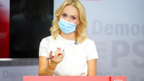 """Gabriela Firea, cu tunurile pe Guvern, după scandalul evacuării de la Spitalul Foişor: """"Ce trebuie să se întâmple în ţară pentru a vă trezi?"""""""