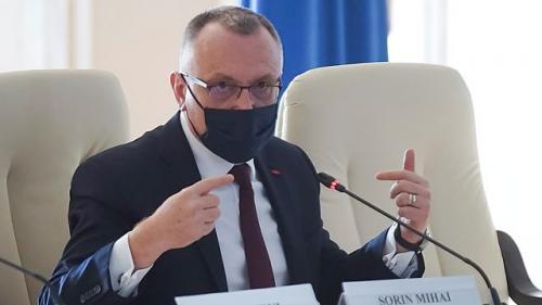 Sorin Cîmpeanu: Revenirea la structura cu trimestre în loc de semestre va fi lansată în dezbatere publică cel mai târziu în această toamnă