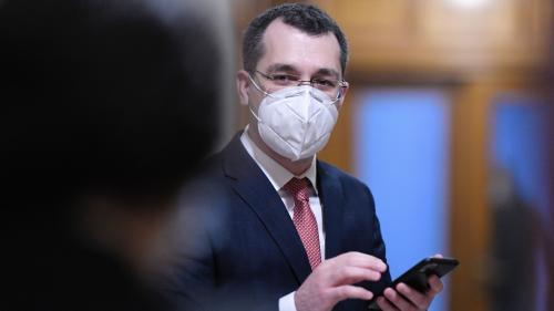 """VIDEO. Ministrul Sănătății, declarații după tragedia de la Spitalul """"Victor Babeș"""": Nu avem indicații că defecțiunea e dinăuntrul TIR-ului, dar nu putem să știm acest lucru sigur"""