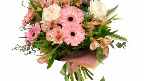 Cum poti comanda flori online si primesti livrare gratuita