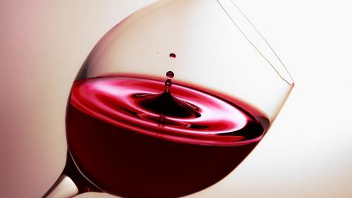 Vinuri potrivite pe masa de Paști