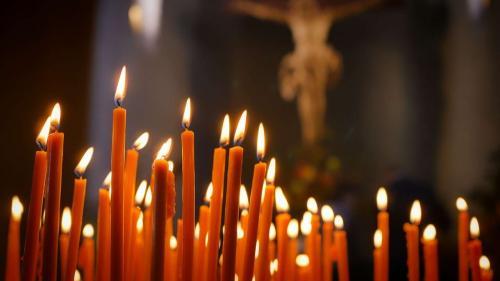 TRAGEDIE în noaptea de Înviere: Un preot a MURIT chiar în timpul slujbei