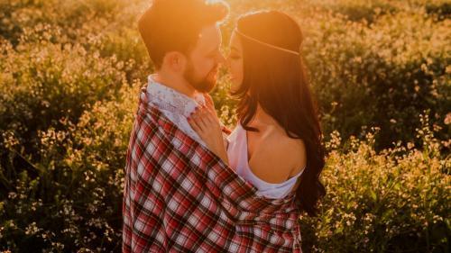 10 greșeli pe care le fac în relații persoanele născute în zodia Taurului
