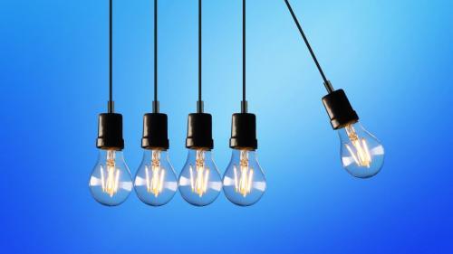 Explodează prețul electricității pe bursă