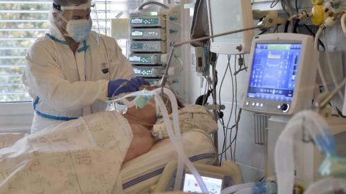 60% dintre pacienții spitalizați cu COVID-19 au prezentat simptome și după șase luni