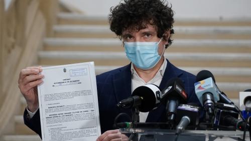 Nicușor Dan, plângere la DNA pentru un prejudiciu de câteva milioane de euro la cimitire