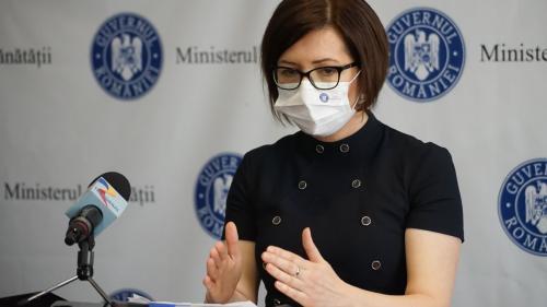 Ioana Mihăilă îi încurajează pe părinţi să îşi vaccineze copiii când va fi posibil