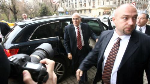 Ancheta FBI cu ricoșeu la vârful puterii: scrisoarea către Iohannis intră în dosarul lui Giuliani
