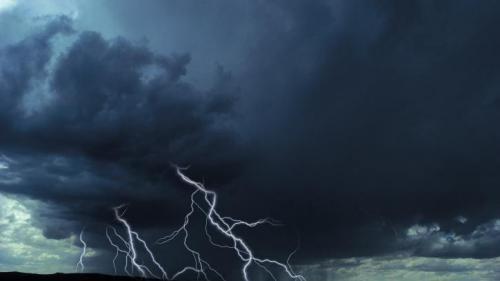 Cod roșu de ploi în mai multe localități din județul Buzău
