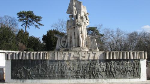 Condamnat la subdezvoltare, orașul Calafat moare cu decorația pe piept