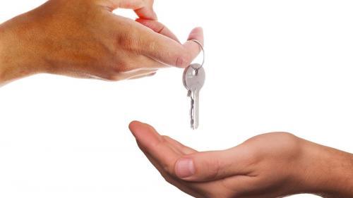 Schimbări pe piața imobiliară. Prețurile locuințelor și a chiriilor vor crește în următorii ani