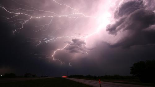 Atenție unde călătoriți ! Furtuni și grindină în Grecia