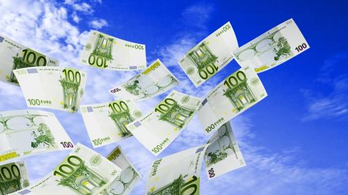 Circa 77% dintre companii nu au accesat finanţare de la bănci sau IFN
