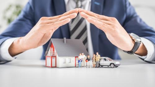 Cum să îți protejezi casa în timpul concediului