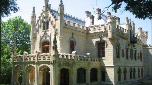 Circuite turistice, între hanuri celebre și mănăstiri