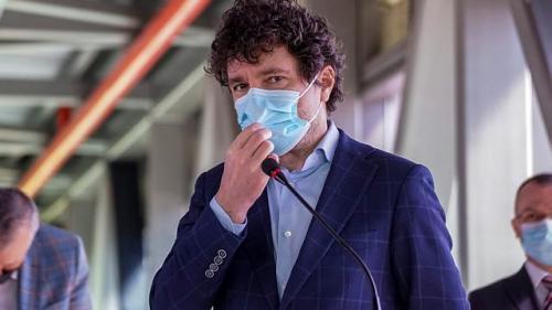 Ce spune Nicușor Dan despre tratamentele împotriva țânțarilor