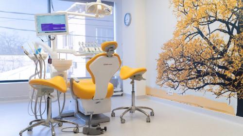 Este posibil un implant dentar în timpul sarcinii?