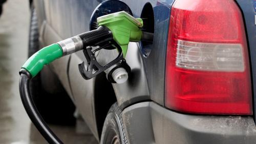 Prețul carburanților, ultima tușă a unui tablou sumbru