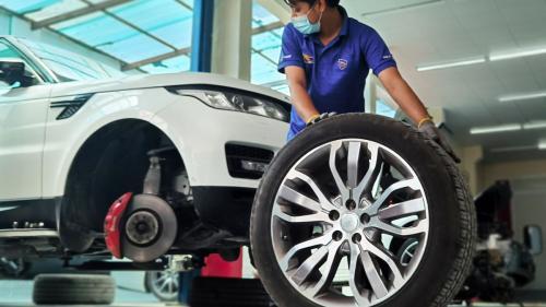 Toyota suspendă utilizarea mașinilor autonome în satul olimpic după accidentarea unui atlet