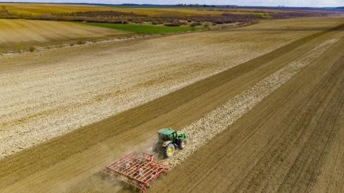 Legea speculanților de terenuri agricole, pe masa deputaților