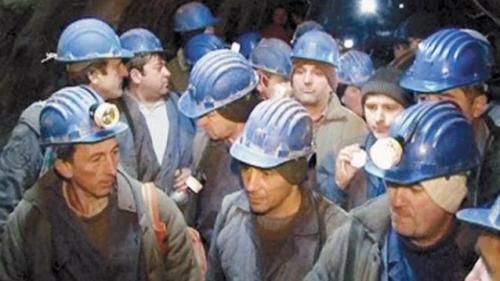 PNRR: Comisia Europeană cere României un calendar de înlocuire a cărbunelui