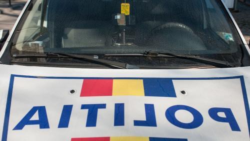 Buzău: Autoutilitara Poliției, implicată într-un accident. Șoferul mașinii a fost sancționat
