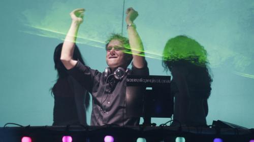 Concertul lui Armin van Buuren din Capitala, amânat din cauza restricțiilor
