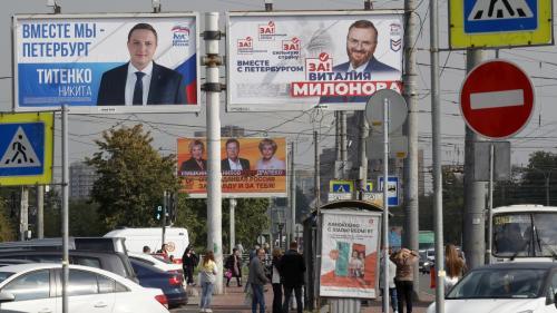 Partidul Rusia Unită,care îl susţine pe Vladimir Putin,este pe primul loc în scrutinul parlamentar