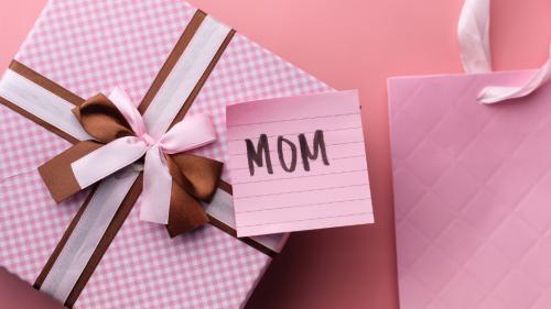 TOP 9 Cele mai noi idei cadouri pentru fiecare mamă, în 2021