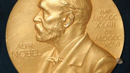 Premiul Nobel 2021 pentru chimie a fost acordat pentru dezvoltarea unor molecule care ajută la fabricarea de noi medicamente