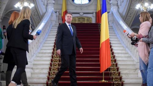 Iohannis se poate plimba cu mașina electrică, pe sub pământ, de acasă la Palatul Cotroceni şi la Casa Poporului