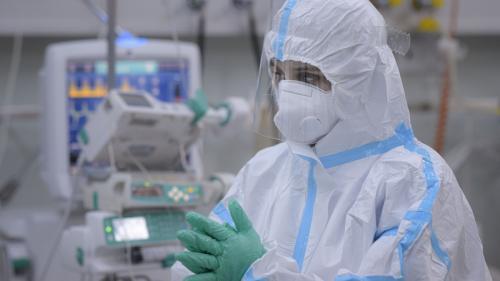 Rafila: Dacă mai stăm două sau trei săptămâni cu 16-17 mii de cazuri zilnic va fi o mare dramă pentru că sistemul de sănătate este deja depășit